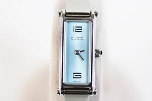 GUCCI グッチ バングル レディース腕時計 1500L