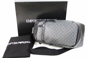 low priced 6a58c 33454 EMPORIO ARMANI エンポリオ アルマーニ ボディバッグ – 無料査定 ...