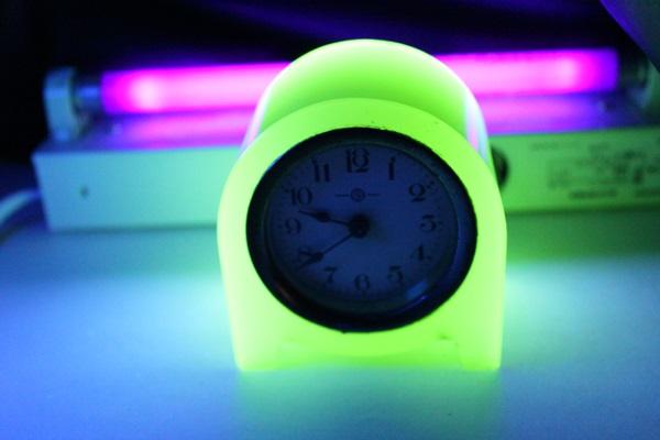 ウラングラス 精工舎(現セイコー) 置時計 買取りいたしました