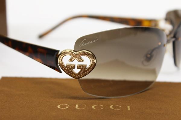GUCCI グッチ サングラス GG4201/S