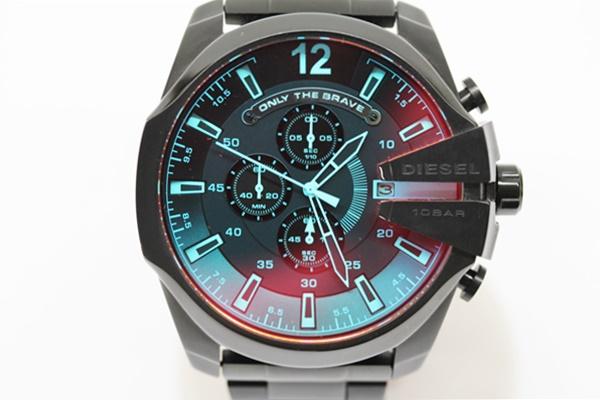 DIESEL ディーゼル メガチーフ クロノグラフ 腕時計 DZ-4318